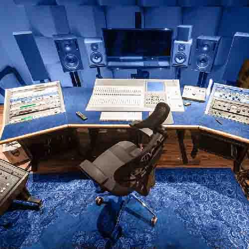 Custom Eckel Studio